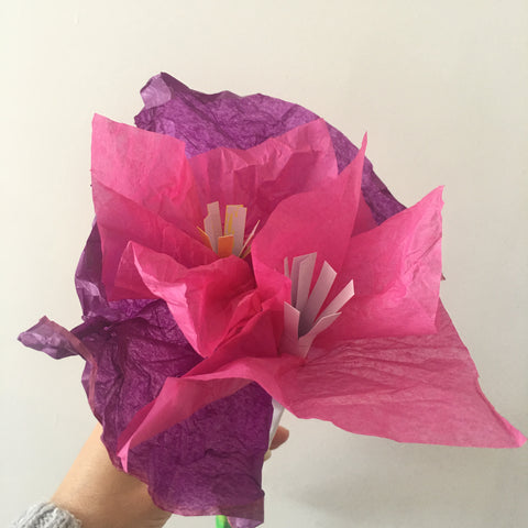 Make flowers for Mother's Day - THE SPACE gallery