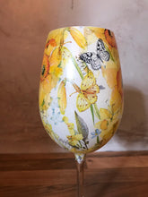Daffodil Long Stemmed Crystal Wine Glass