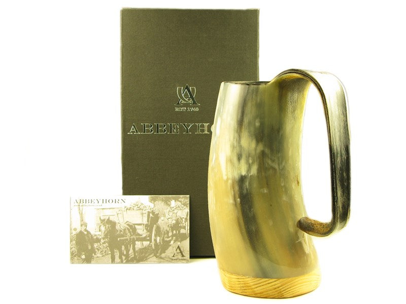 Medium Polished Cow Horn Drinking Soldiers Mug