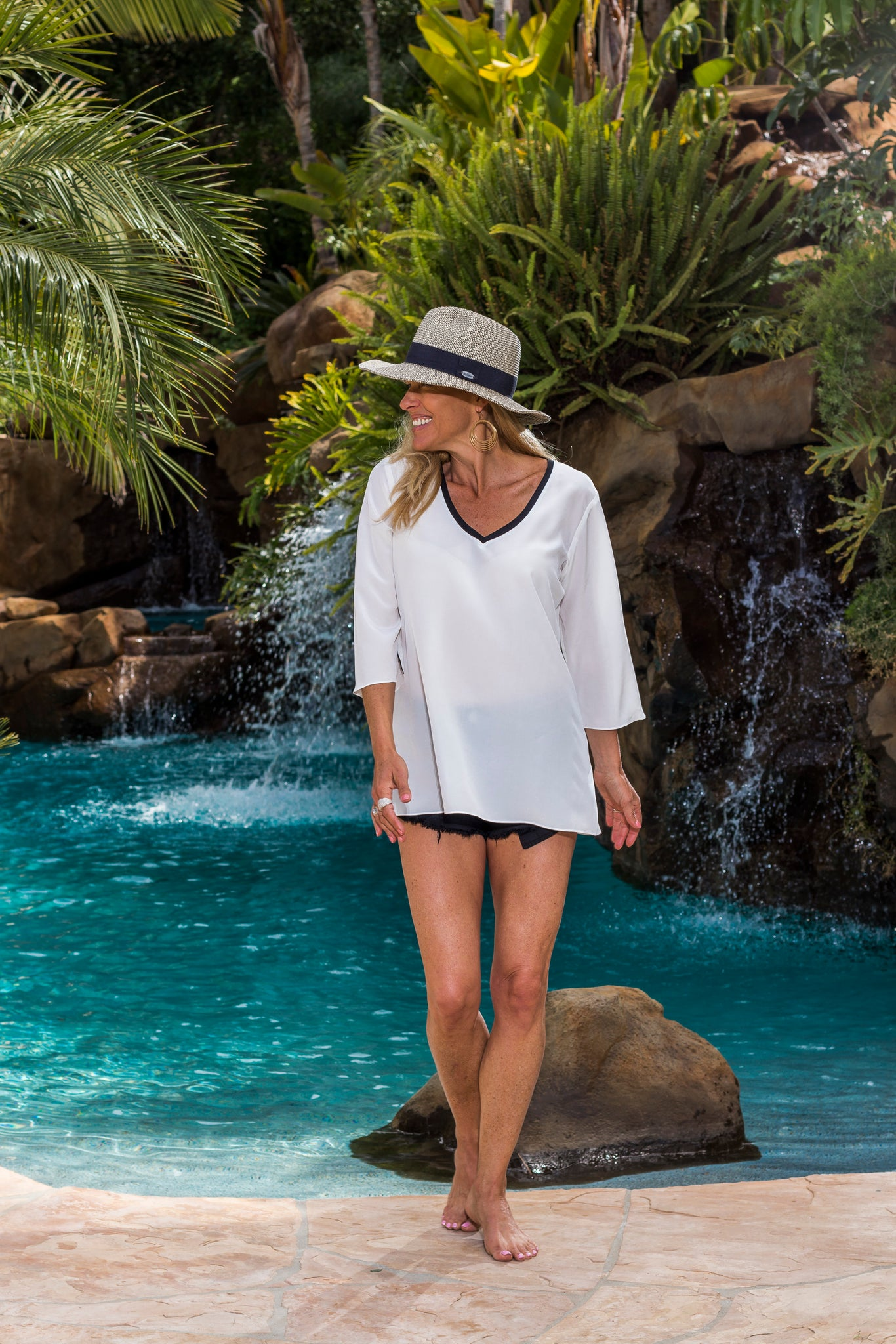 Simple Tunic - white & black