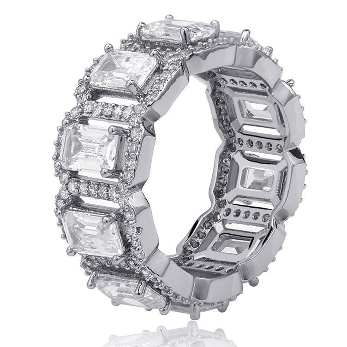 halo ring fully iced border travis and kylie stormi