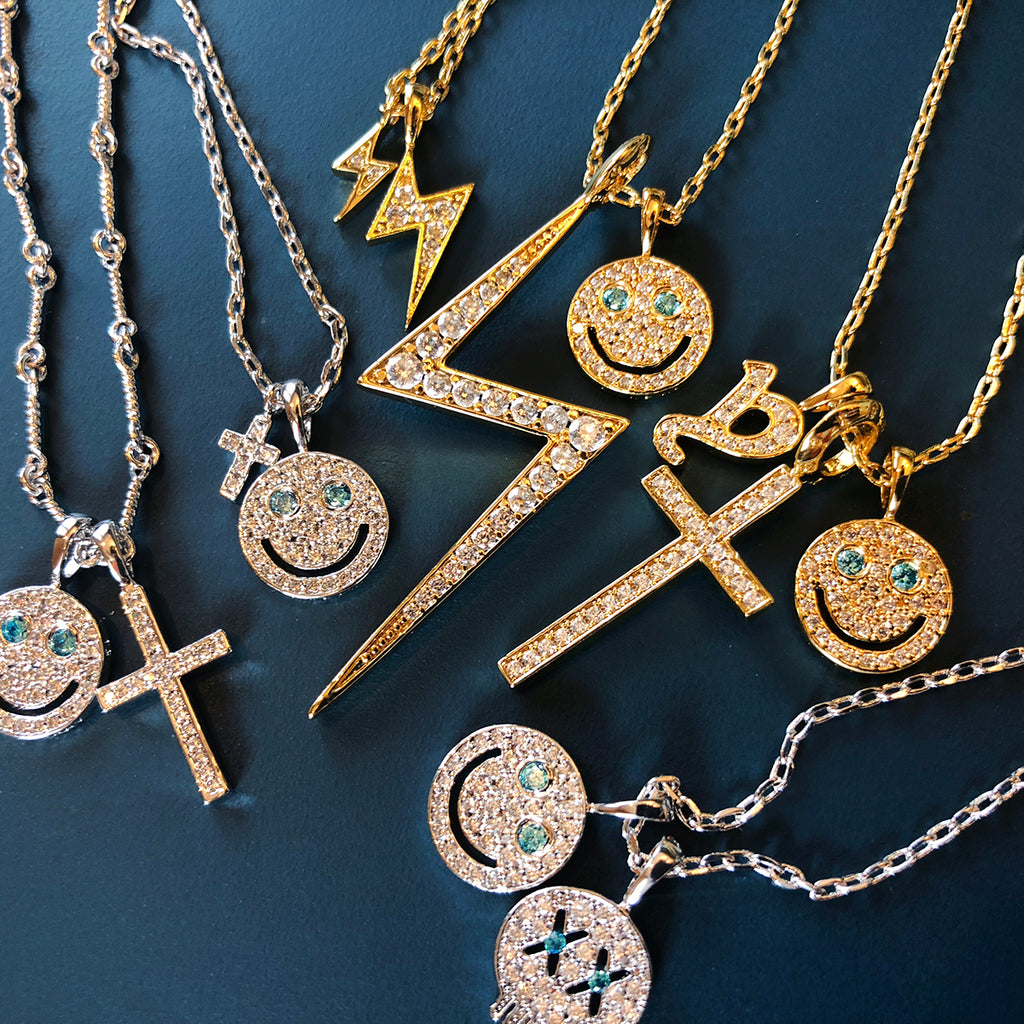 EYEFUNNY smiling face pendant necklace chain diamond vvs アイファニー POGGY KIM JONES VIRGIL JBALVIN
