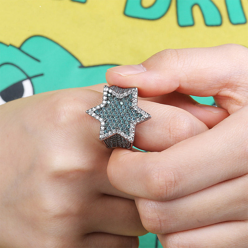 Two tone star ring