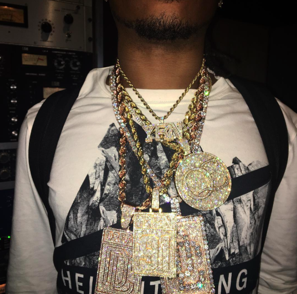 Migo yung rich nation logo pendant necklace chain vvs diamond offset quavo takeoff ifandco custom jewelry