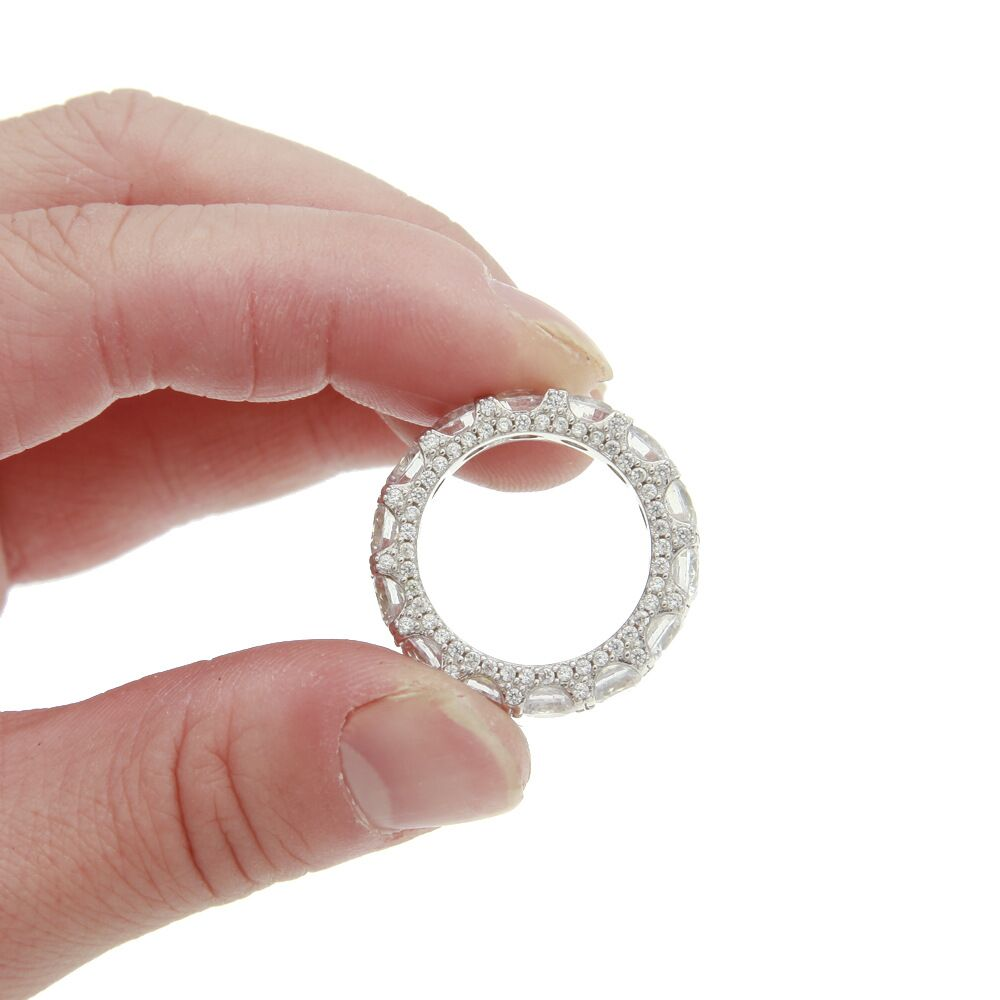 Round stone fully iced ring