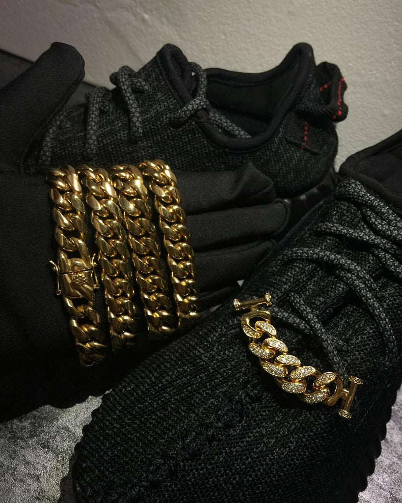Cuban Link lace locks