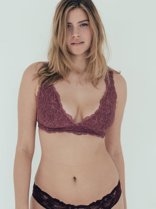 Lace Bralette Sneaky Vaunt Raspberry Pink On Model