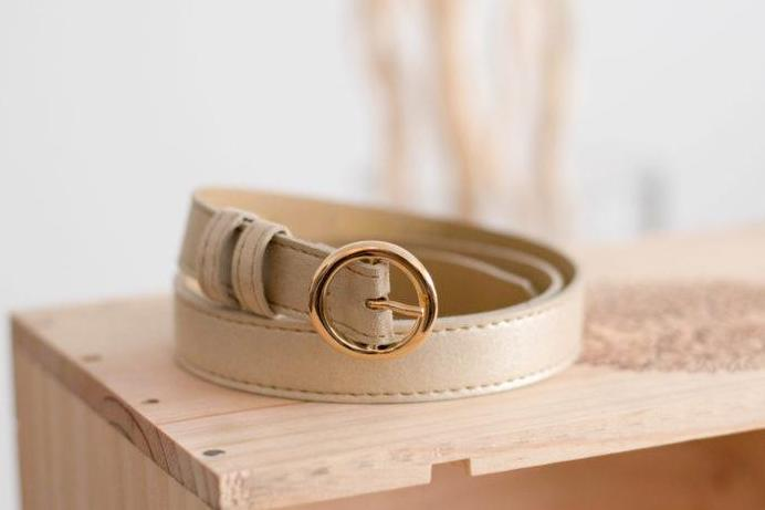 Rhapsodie Vegan Belt in muted gold