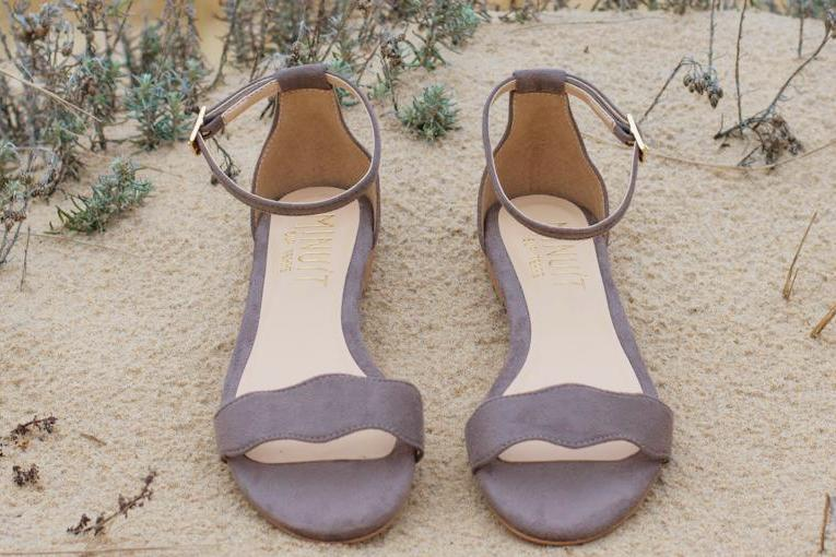Blossom Sandal in Taupe