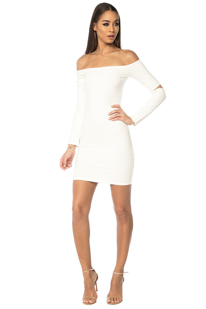 Song Off Shoulder Basic Dress - White