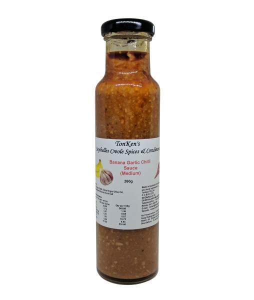 Banana Garlic and Chilli Sauce by TonKen - House of Scoville