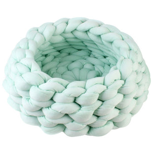 Chunky Cotton Braided Knit Pet Bed in Mint