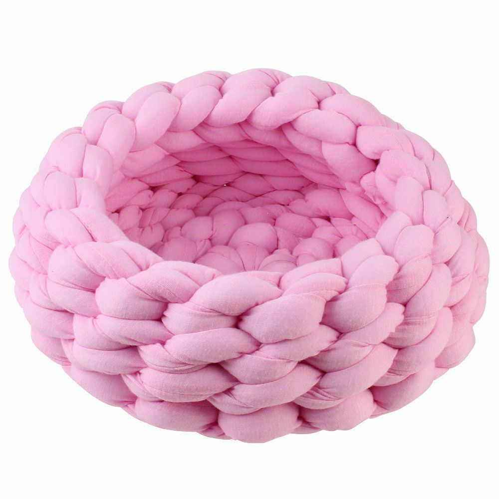 Chunky Cotton Braided Knit Pet Bed in Pink
