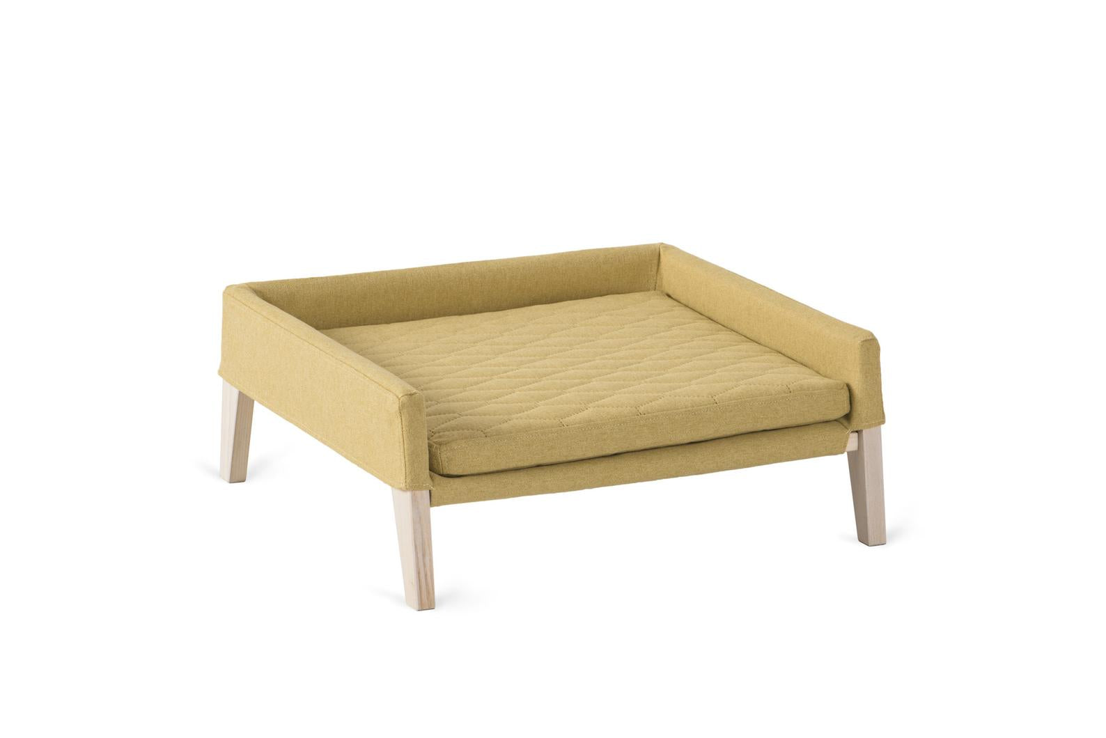 Lulu Luxury Cat Bed in Honey
