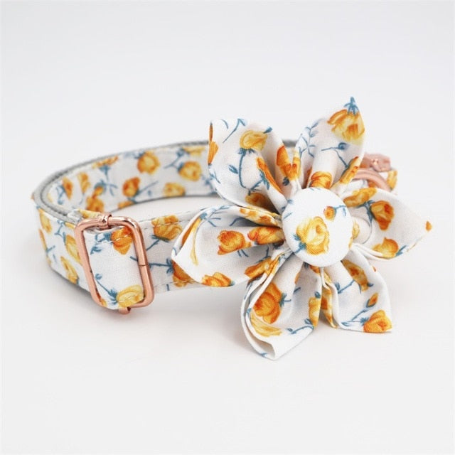 Flower Collar in Yellow