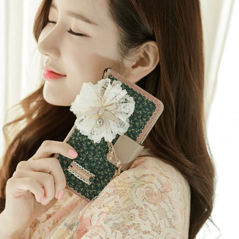 Full Set : Freesia Wallet Case + Sway Flower Strap + Iris Hand Chain - Blush