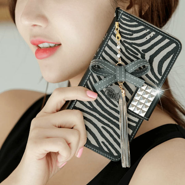 Full Set :  The Zebra Wallet Case + Gleaming Ribbon Strap + Eclipse Shoulder Chain - Grey - JessicaCollection