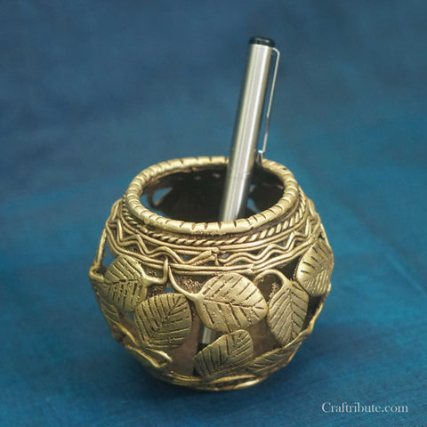 Handcrafted Dhokra Circular Pen Stand with leaf design