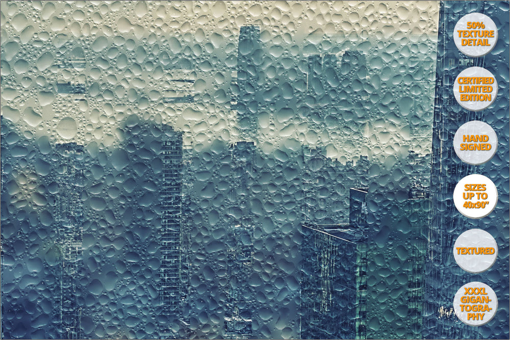 Panorama of Manhattan under the rain, New York, United States. | Detail 100%.