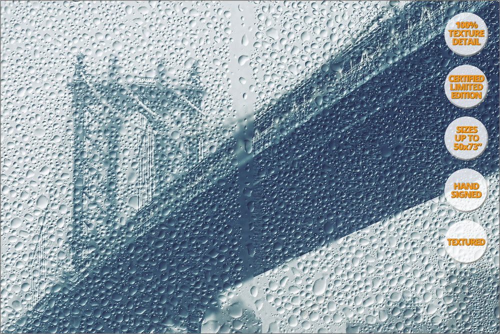 Manhattan Bridge under the rain, New York. | 100% Texture Detail.