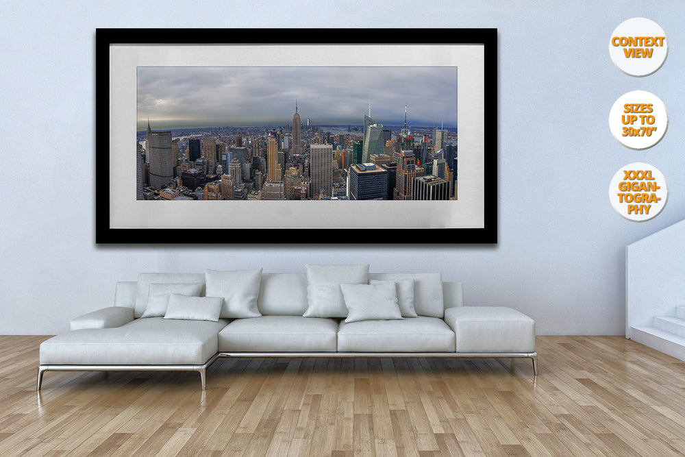 Aerial view of midtown Manhattan, New York. | Living room.