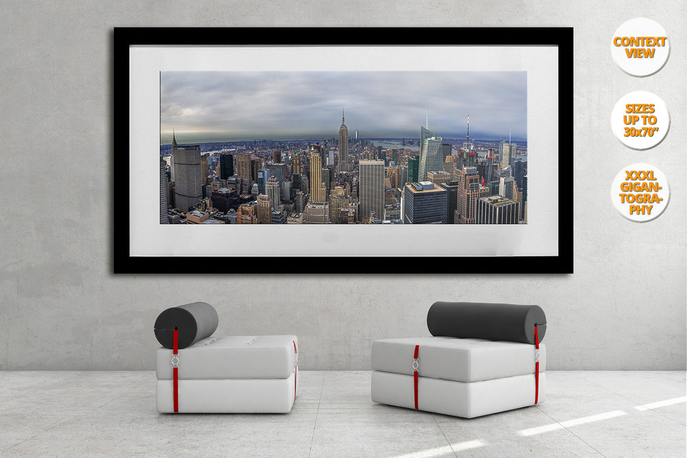 Aerial view of midtown Manhattan, New York. | Minimalist living room.