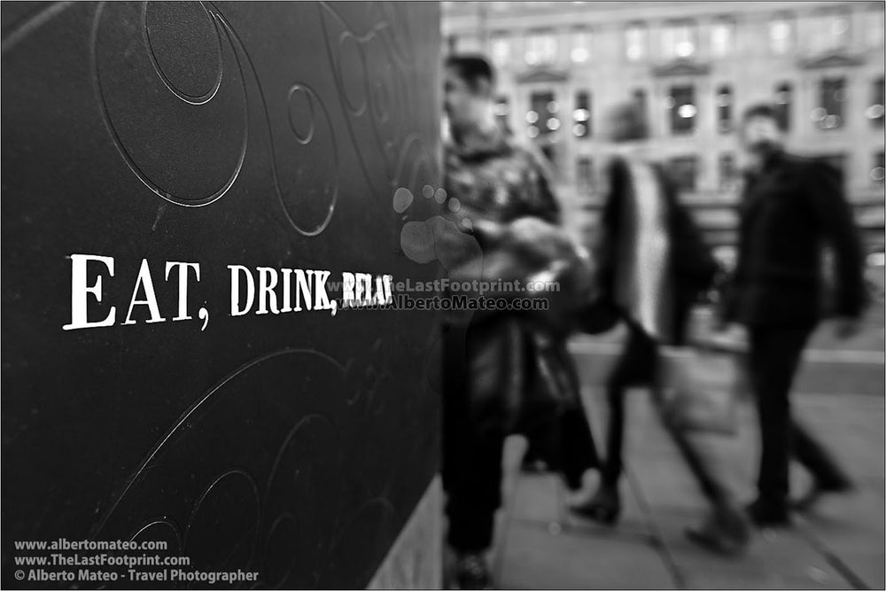 Eat, Drink, Relax, London, United Kingdom. | Full view.