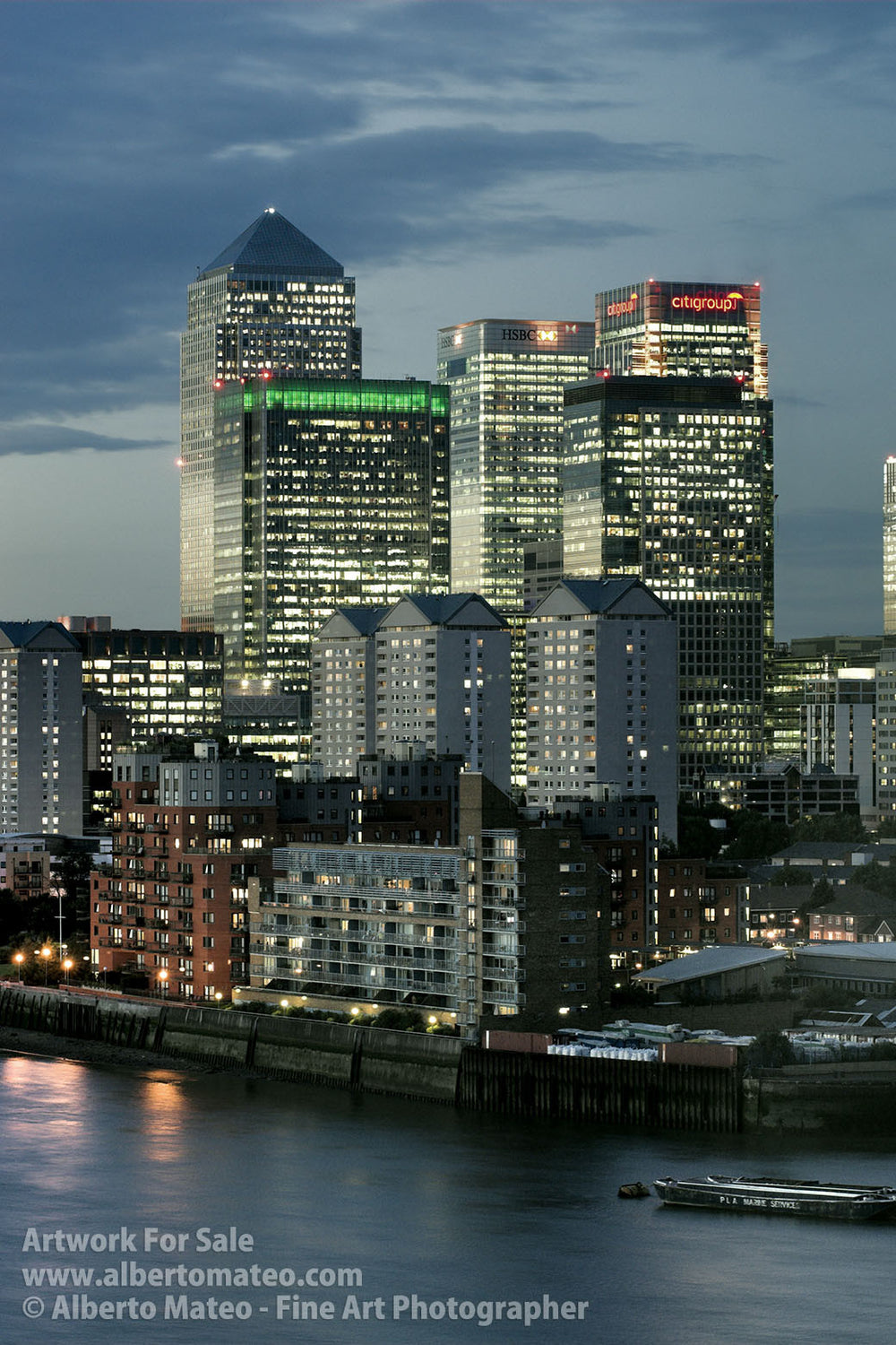 Canary Wharf at dusk, Thames River, London. | Full view.