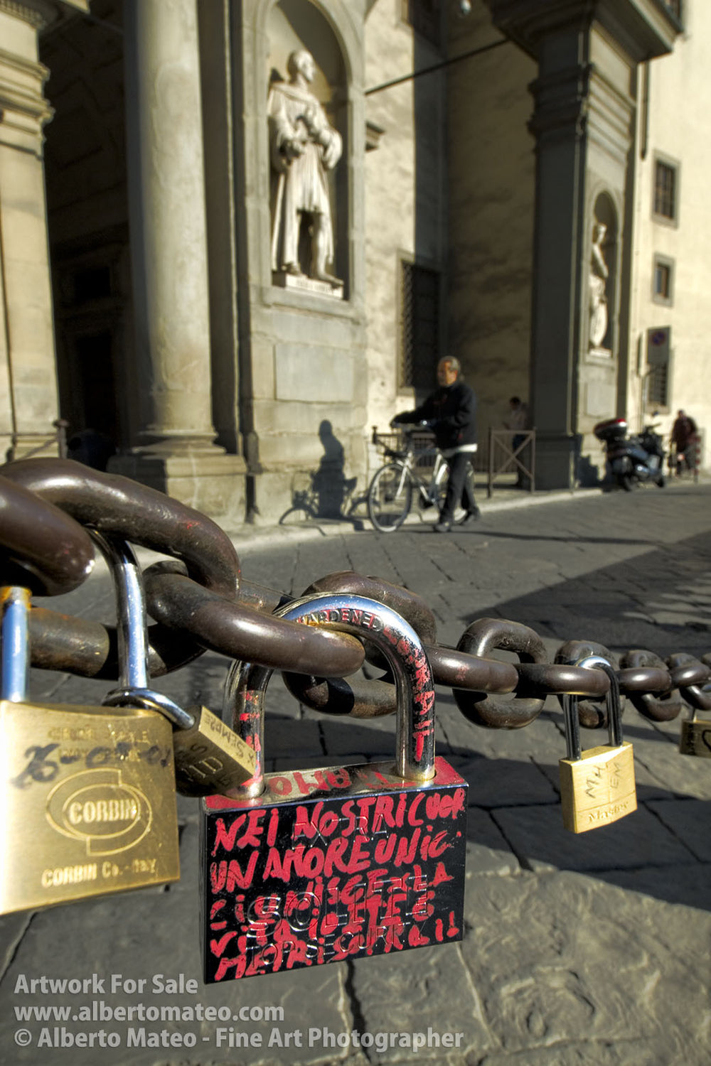 Lock with love writings, Galeria Uficci, Florence. | Open Edition Fine Art Print.