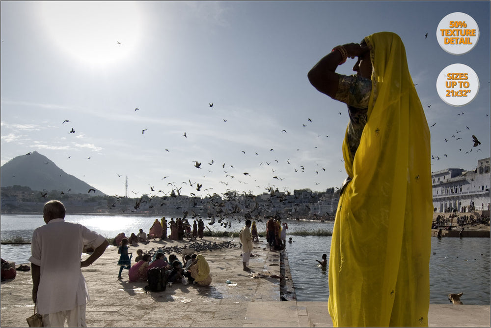 Hindu believers in the Lake of Pushkar, Pushkar, India. | 50% Magnification Detail.