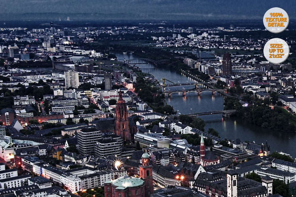 Panoramic view of Frankfurt am Main, Germany. | Secondary Detail 100%