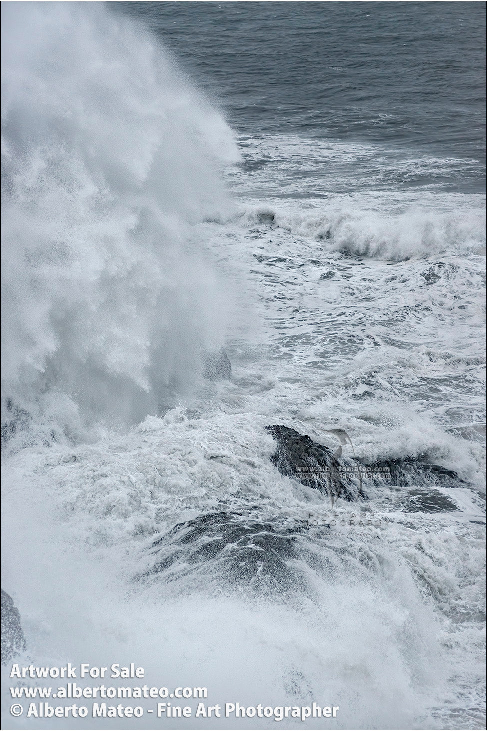Sea Gale, Breaking Waves, Dyorhaley, Iceland. 3/5
