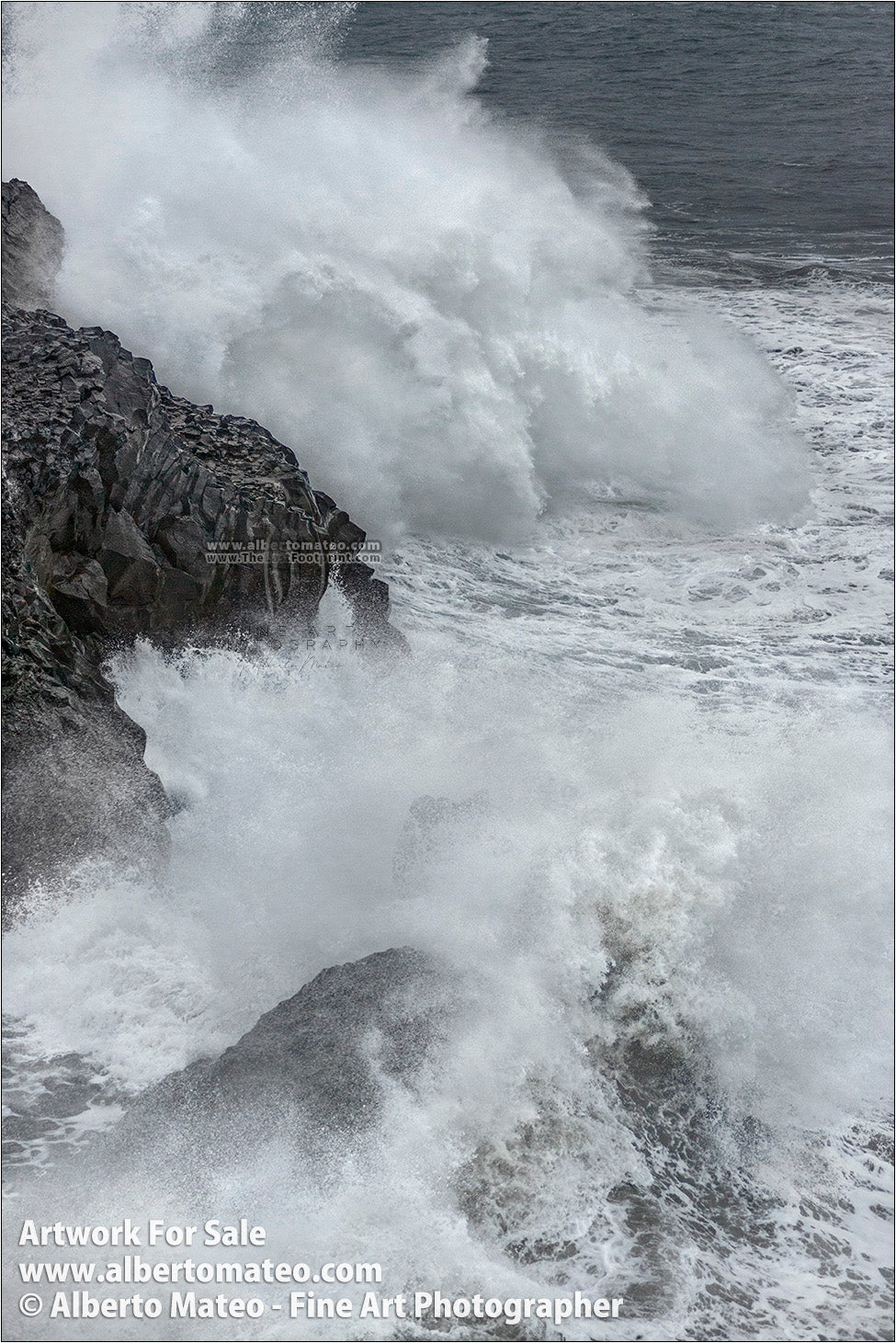 Sea Gale, Breaking Waves, Dyorhaley, Iceland. 2/5