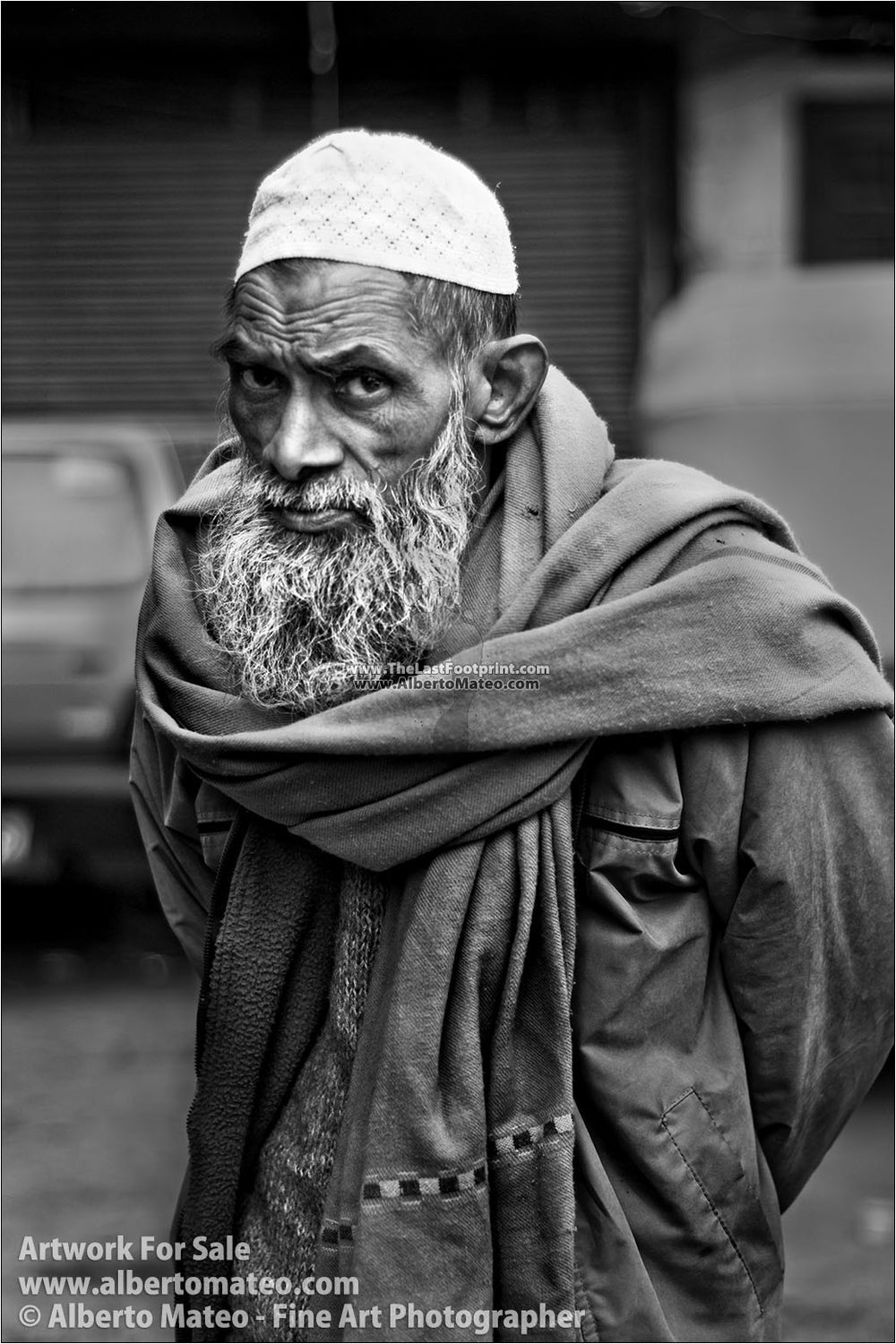 Elderly man, Main Bazaar, New Delhi, India. | Open Edition Print.