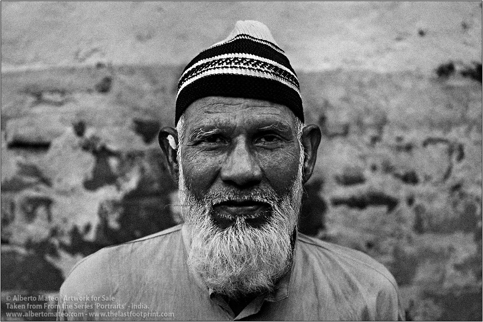 Portrait of Muslim Man, Ballia, Uttar Pradesh, India.