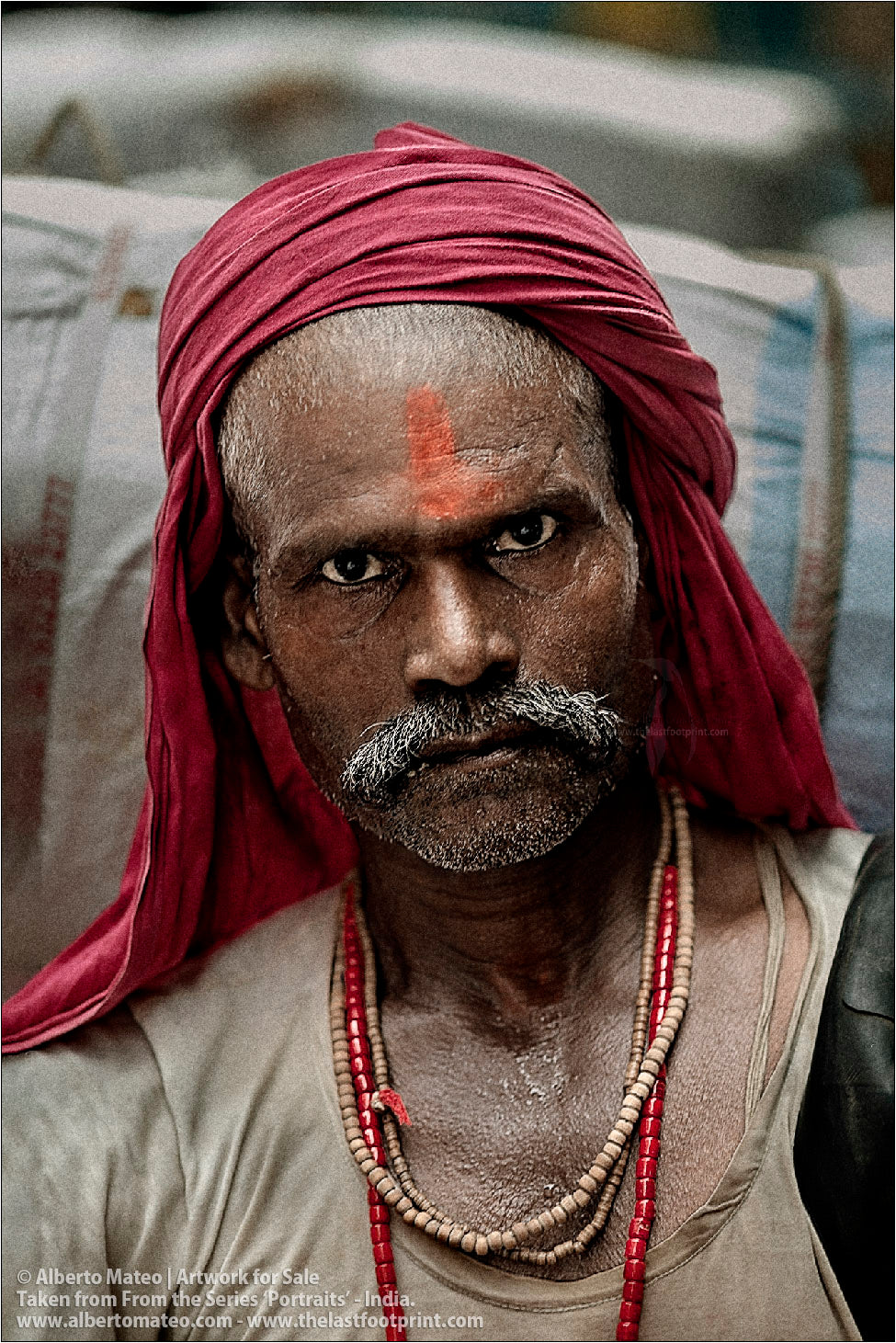 Portrait of Hindu Porter, Bara Bazar, Kolkata, India. [COLOR]