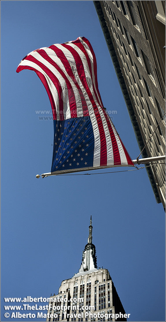 American Flag under the Empire State, Manhattan, by Alberto Mateo.