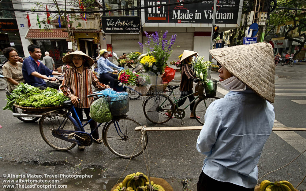 Street sellers in Hanoi old quarters, Vietnam. | Unlimited Edition Fine Art Print.