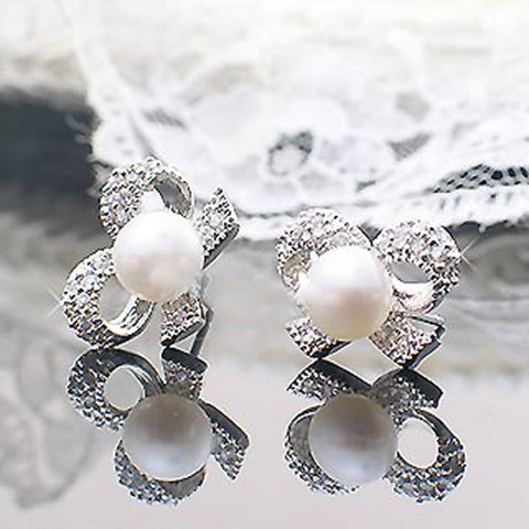 Bow with Pearl Earrings