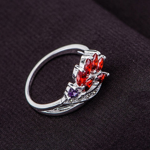 Silver ring,  silver fashion jewelry, red inlaid graceful