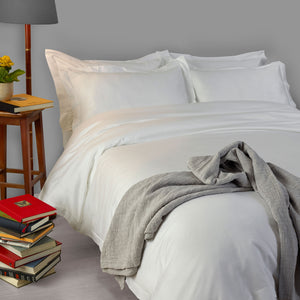 Suave Satin Stitch Duvet Cover