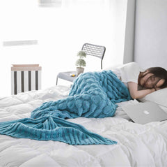Comfortable Knitted Mermaid Tail Design Blanket