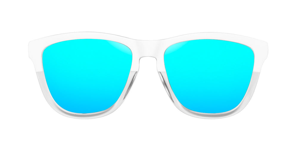 Bicolor White · Clear Blue One
