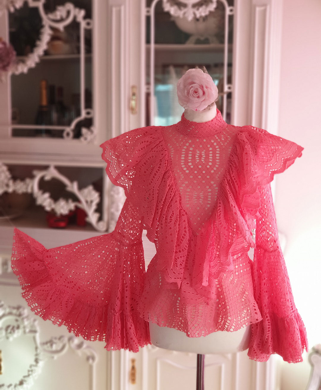 "Blouse ""Fluffy Wings"""