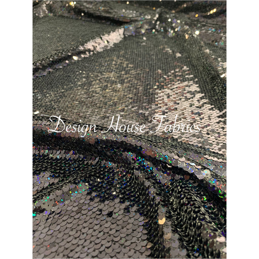 8. Sequin 5 - Iridescent/Black