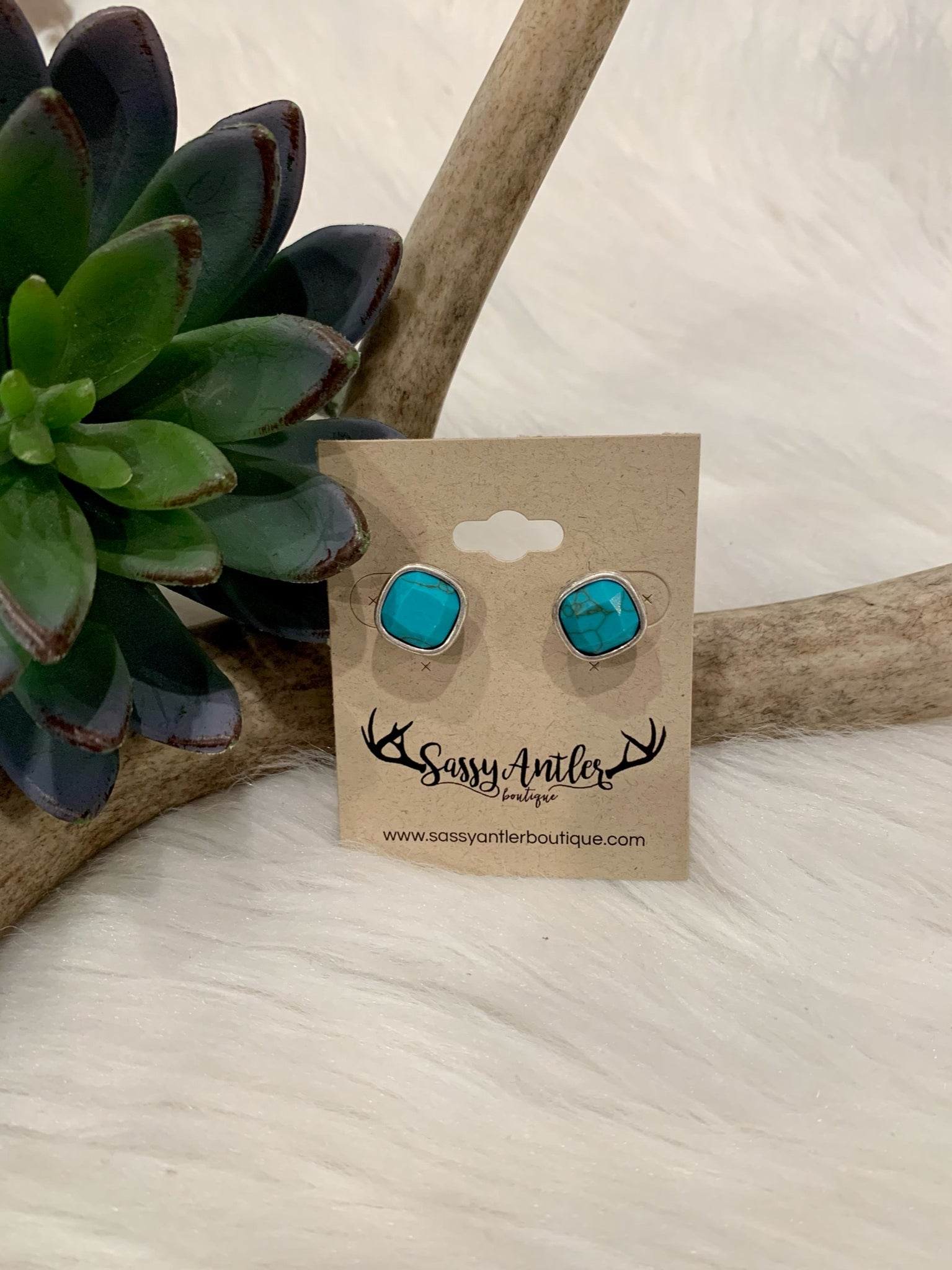 Turquoise & Silver Stud