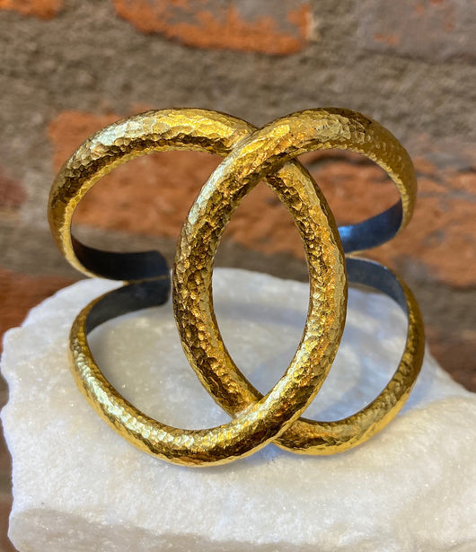 Ara 24kt Gold Double Circle Cuff