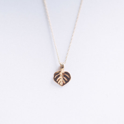 Bristol and Cole Small Aspen Leaf Gold Necklace