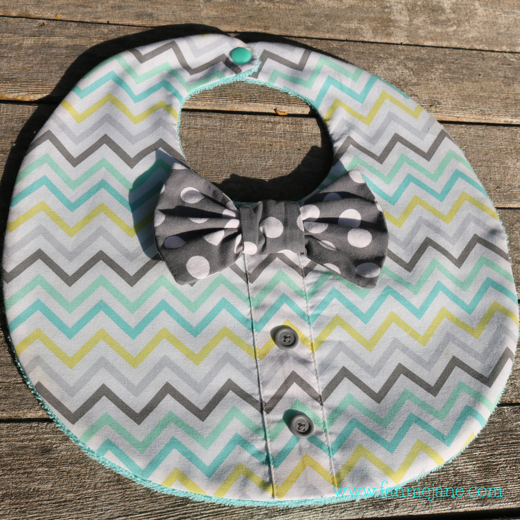 handmade baby boy bow tie bib - just like daddy - last one!