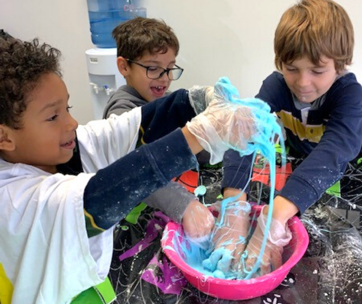 Best Science Summer Camp for Kids in Toronto, Unique Science Experiments that are Fun for Kids